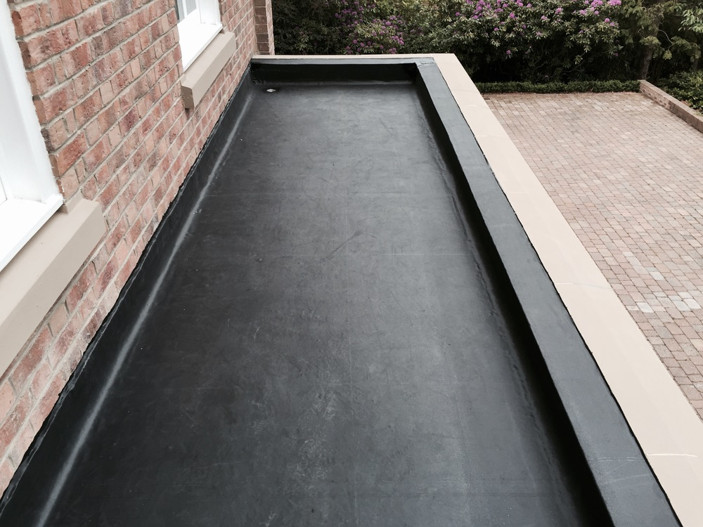 flat roof Rochford- Epdm rubber flat roof.